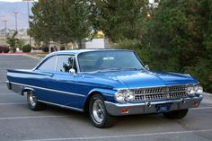 1961 Galaxie Starliner Muscle Cars, Good Looking Cars, Mercury Cars, Classic Car Restoration, Ford Lincoln Mercury, Ford Shelby, Ford Classic Cars, Ford Fairlane, Us Cars