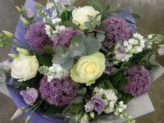 Delicate and pretty blue, lilac and white hand tied bouquet - a perfect choice for a baby boy. pic.twitter.com/YD34WML4H3