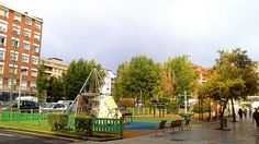 Se mantendrán los columpios en la plaza de la Romo Kultur Etxea