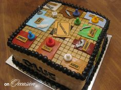Clue Cake    (Double layer - Red Velvet and French Vanilla)