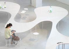 Mesa Nuvem | wifi e energia em sua superfície | Studio Maks | bim.bon
