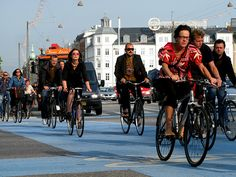 One mile on a bike is a $.42 economic gain to society, one mile driving is a $.20 loss | Grist