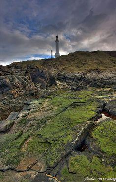 Girdleness Lighthouse - Aberdeen, Scotland. Our things to do in Aberdeen. http://www.europealacarte.co.uk/blog/2013/01/30/things-to-do-in-aberdeen/