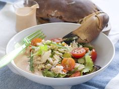 Las recetas de salsas para ensaladas son maravillosas, hacen que una ensalada aburrida se transforme en una deliciosa experiencia gourmet. Las ensaladas pueden ser verdaderamente deliciosas y m&aac