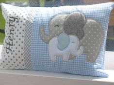 Das perfekte Ges… A beautiful cuddly pillow with embroidered Wunschnamen. The perfect gift for birth, baptism, birthday etc. The pillowcase is made of cotton, two … Quilt Baby, Baby Quilt Patterns, Little Elephant, Baby Elephant, Elephant Balloon, Elephant Quilt, Baby Applique, Sewing Pillows, Baby Pillows