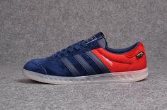 Adidas X Hamburg - Кроссовки выполнены из премиальной замши с тремя традиционными кожаными полосками и установлены на контрастную  подошву.