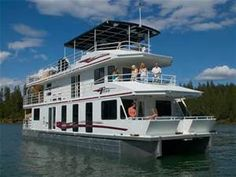 65-foot Titan Houseboat