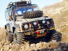 Land Rover Defender D90 based on a Axial SCX10 Chassis.  Build by Rc Car & Bodyshop