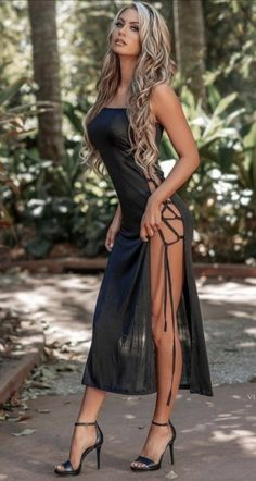 Sexy Outfits, Sexy Dresses, Nice Dresses, Fashion Outfits, Womens Fashion, Hot Dress, Dress Me Up, Pernas Sexy, Beauté Blonde