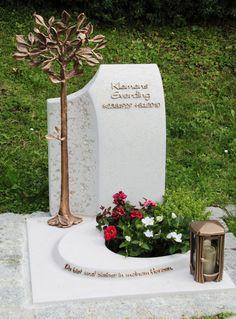 Cemetery Monuments, Cemetery Statues, Cemetery Art, Funeral Reception, Tombstone Designs, Memorial Garden Stones, Grave Headstones, Cemetery Decorations, Steinmetz