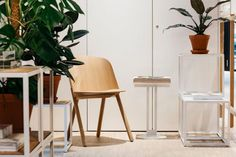 Ace and Tate vier Ace Tate, Ad Architectural Digest, Berlin Design, Design Studio, Bar Stools, Dining Chairs, Furniture, Eyewear, Home Decor
