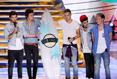 The 33 Best Photos From Zayn Malik's Time in One Direction Never forget. Zayn Malik One Direction, One Direction 2014, One Direction Music, One Direction Photos, Justin Timberlake, One Direction Website, Star Treck, Teen Choice Awards 2013, Awards 2017