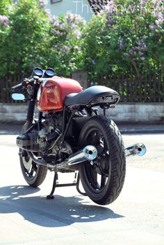 Tom's BMW R80. Straight from Munich. -- FINNISHED --