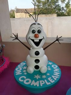 Torta frozen Olaf cake