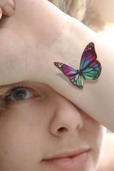 3D Tattoo For Girls Girl Tattoos, Tattoos For Women, Butterfly Tattoos, Body Art, Brooch, 3d, Girls, Inspiration, Beauty
