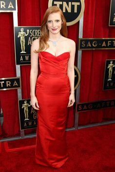 Todas las fotos de la alfombra roja de los Screen Actors Guild Awards 2013: Jessica Chastain de Alexander McQueen
