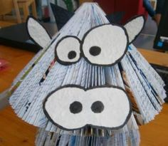 Book Art, Book Folding Patterns, Snoopy, Deco, Animals, Fictional Characters, Sculpture, Book Folding, Old Book Pages