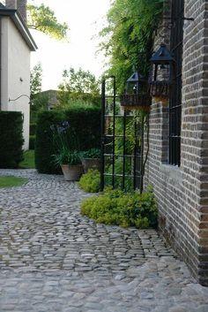backyard designs – Gardening Ideas, Tips & Techniques Outdoor Rooms, Outdoor Gardens, Outdoor Living, Side Garden, Garden Paths, Classic Garden, Outdoor Landscaping, Dream Garden, Architecture