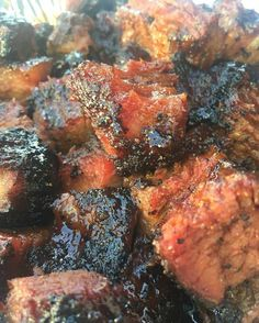 Burnt ends are my fave of all BBQ Pic courtesy of from Cooking Ribs, Cooking Recipes, How To Cook Ribs, Burnt Ends, Smoked Beef Brisket, Dry Rubs, Perfect Steak, Man Food, Smoking Meat