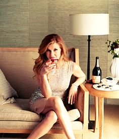 I once sat beside Connie Britton in one of my favorite coffee shops in Nashville!