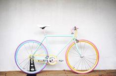 フォロワー1,557人、フォロー中1,800人、投稿278件 ― Cocci Pedaleさん(@cocci_pedale)のInstagramの写真と動画をチェックしよう Bicycle Paint Job, Bicycle Painting, Pink Bike, Baby Bike, Candy Colors, Bike Ideas, Cycling, Wheels, Rolls