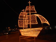 Christmas Traditions: the decoration of the Christmas fishing boat - My Greek Dish