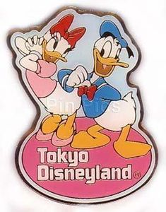 Donald & Daisy Duck - Tokyo Disneyland Pin