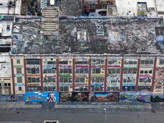 I danced on this rooftop! ❤  How to Create Your Own Rooftop Oasis    5 Pointz Aerosol Art Center, 45-46 Davis Street, Long Island City, Queens, as seen from above.    PHOTO CREDIT Alex MacLean
