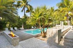 Breezy Home in Key Biscayne | HomeDSGN, a daily source for inspiration and fresh ideas on interior design and home decoration.