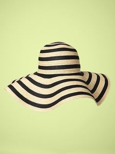 floppy hats for the beach!