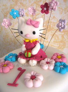 Torta decorata Hello Kitty