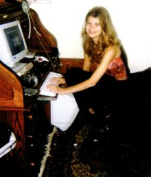 Alicia Kozakiewicz had been chatting online for a year to what she thought was a 13 year old boy,Scott Tyree held her in his basement dungeon he filmed himself abusing her and broadcast it online.