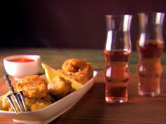 Fried Clams and Oysters Recipe : Giada De Laurentiis : Food Network Fried Clams, Fried Oysters, Giada De Laurentiis, Nutella, Arrabiata Sauce, Food Network Recipes, Cooking Recipes, Oyster Recipes, Fish And Seafood