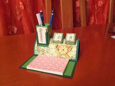 Storie di timbri, carta e...: HOW TO: Organizer da scrivania