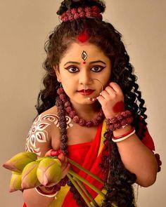 Cute Baby Girl Photos, Cute Little Baby Girl, Baby Girl Images, Cute Girl Poses, Beautiful Girl Photo, Beautiful Girl Indian, Beautiful Songs, Beautiful Children, Wedding Couple Poses Photography