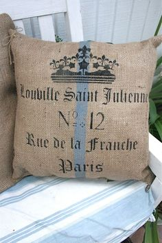 Pillow made from very inexpensive burlap decorated with stencils. Szizál 92b9ce1f9a