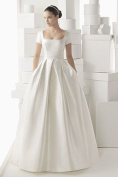 Short sleeves. Carmen dress from the 2014 Rosa Clara collection, as seen on the Bride.ca Dress Finder.