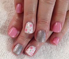 Pretty Spring pink nails @jrsaunders2006