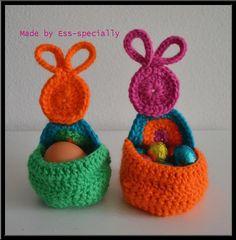 Crochet pattern Easter egg holder - Haakpatroon Paasei houder (Dutch and English)