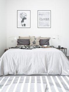 Gäste- Schlafzimmer mit DIY Fuchskissen. DIY Stempel Kissen. Inspiration von mxliving.