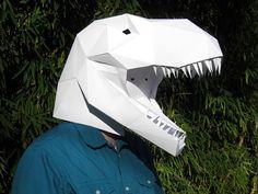 Faites votre propre masque de T-Rex avec papier et de colle !