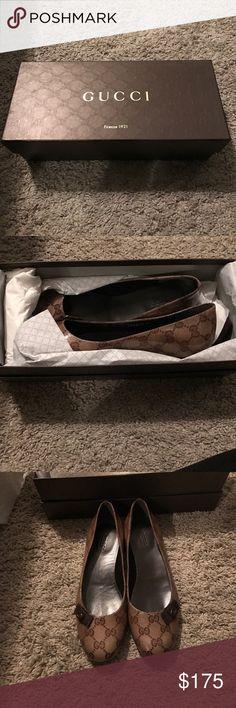 Gucci Flats Gucci printed Flats Gucci Shoes Flats & Loafers
