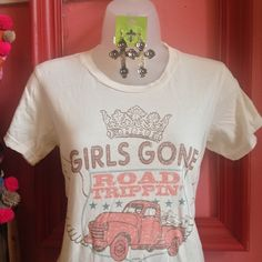 I love LOVE this! Road Trippin Tee