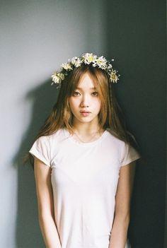 korean, model, and lee sung kyung image Korean Actresses, Korean Actors, Korean Celebrities, Celebs, Poses, Korean Girl, Asian Girl, Korean Style, Kim Bok Joo