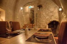 Restauracja 16 STOŁÓW / ul. Rynek 16, Lublin Dining Table, Ul, Furniture, Places, Home Decor, Decoration Home, Room Decor, Dinner Table, Home Furnishings