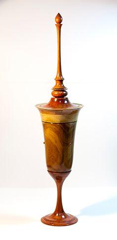 Por Fermin ,Artesano en madera                                                                                                                                                                                 More