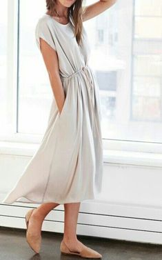 I'd wear more dresses if I could find simple beautiful ones like this!