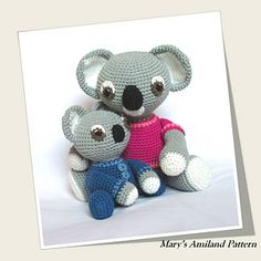 The voting period for Amigurumipatterns.net contest is open and goes on until 9th January midnight.  I'm participating with Mom and Baby Koalas.  You can vote choosing up to 5 designs at the link below … I hope mine will be one of them - THANK YOU FOR YOUR SUPPORT!  http://www.amigurumipatterns.net/designcontest/vote#