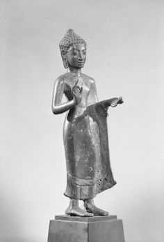 Art Thai, Standing Buddha, Thailand Art, Javanese, Stone Sculpture, Buddhist Art, Asian Art, Buddhism, Sri Lanka