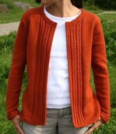 Ravelry: Casual Cardigan pattern by Amanda Lilley - Knitting Cardigan Ravelry, Baby Cardigan Knitting Pattern, Jacket Pattern, Knit Jacket, Knit Patterns, Sweater Patterns, Cardigans For Women, Knit Crochet, Casual